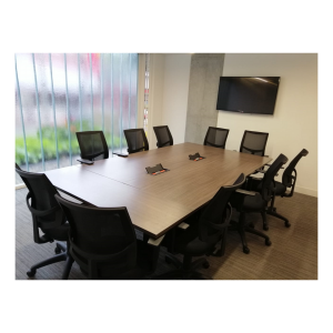 Mesa de Juntas para reuniones, con compartimientos inteligentes Sillas gerenciales Espaldar Malla
